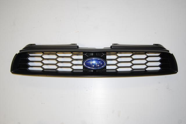 Subaru Impreza WRX v7 front Grille assembly, JDM Bugeye upper Grill w/ Badge for 2002 - 2003 OEM replacement