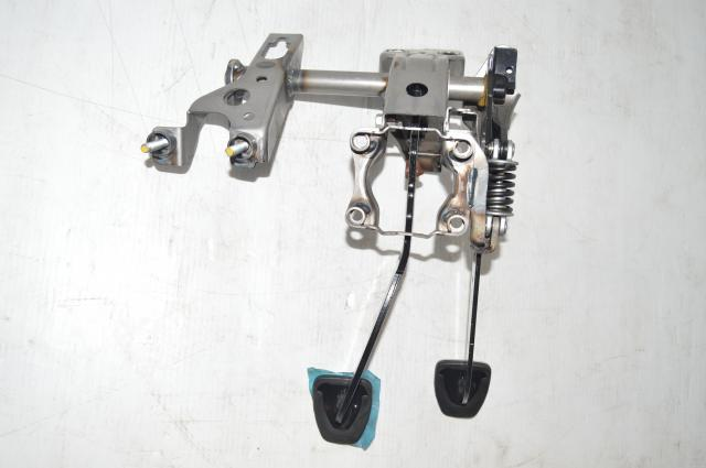 Like New 2015+ WRX & STI Clutch and Pedal Assembly for Current Gen Models