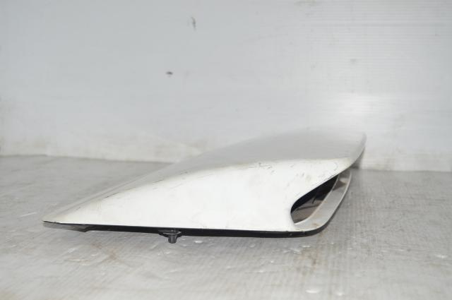 Version 8 WRX GDA Hood Scoop in White for 2004-2005 Models